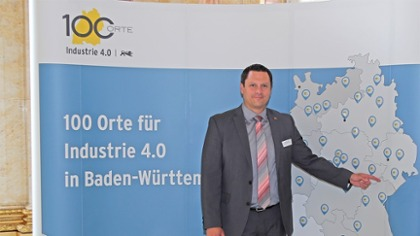 "Award ""100 places in Baden-Württemberg"": Mr. Raunitschke (managing director) at the award ceremony"